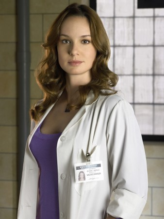 Personality ... MBTI Enneagram Sara Tancredi  ( Prison Break ) ... loading picture